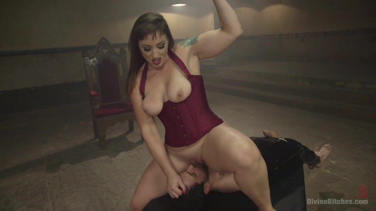 порно госпожа в черных чулках ебет в жопу парня