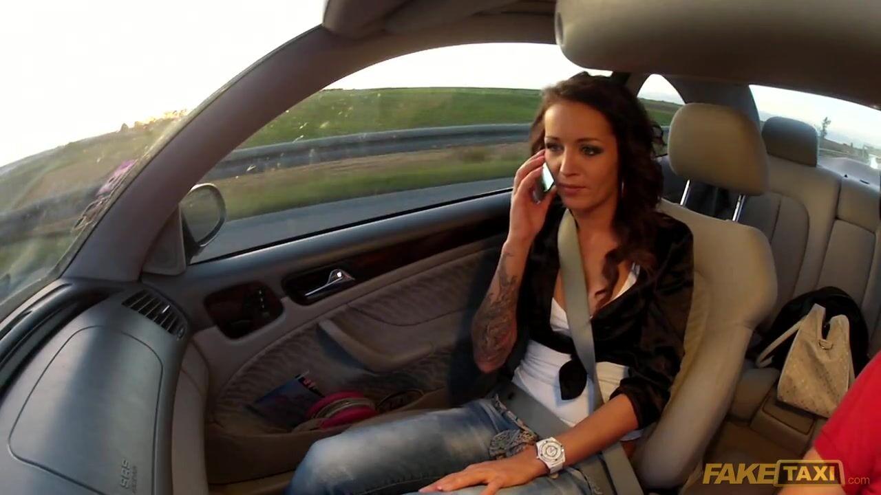 Трахает в машине таксист смотреть онлайн — img 11