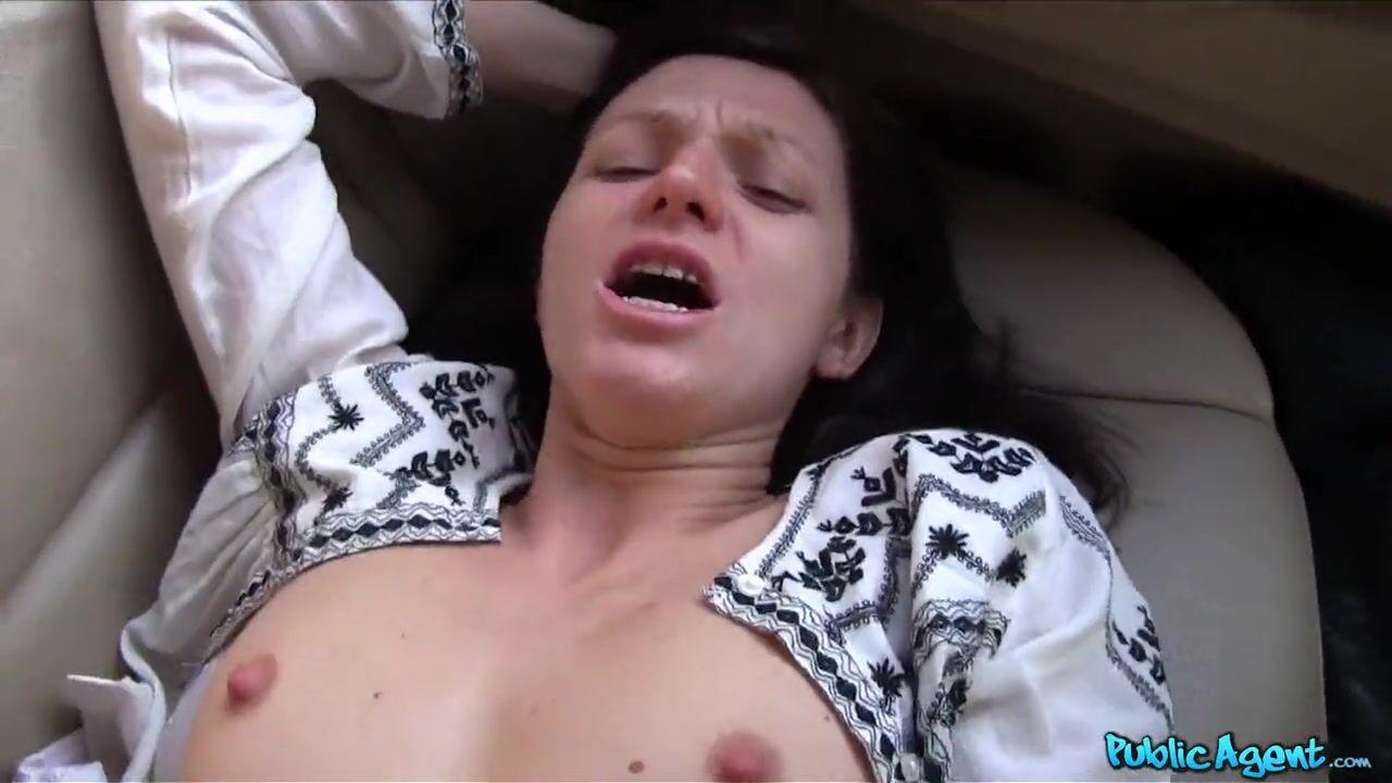 Залили спермой пизду, большие половые губки порно кунилингус