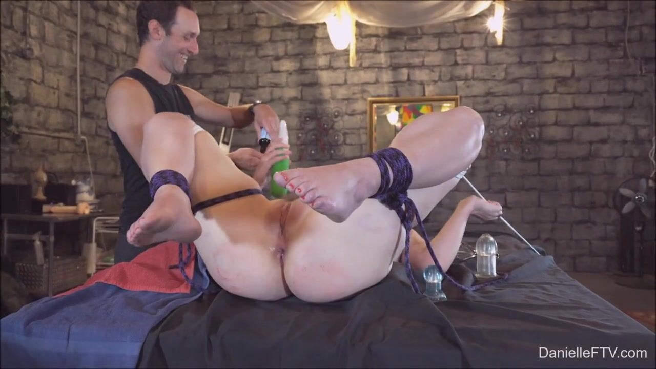 Фистинг бондаж порно бесплатно
