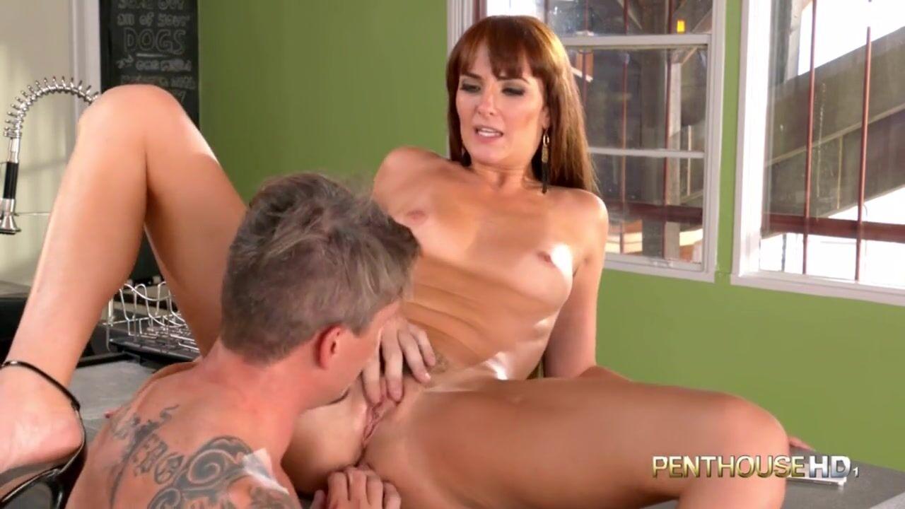 Секс с горячей поварихой на кухне заитана порно порно