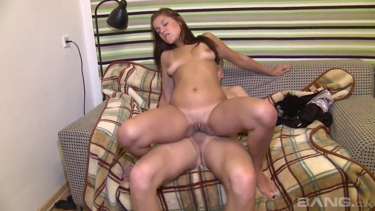 Молодой ангелочек порно