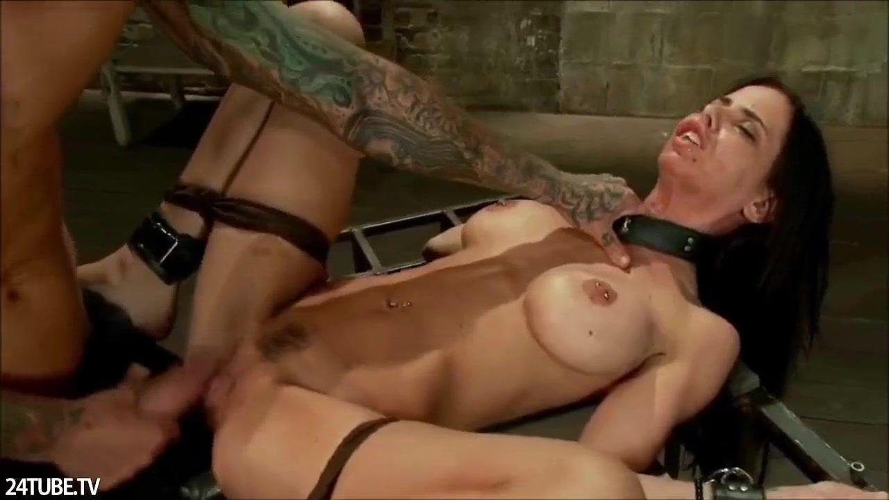 Девушку бьют током порно online