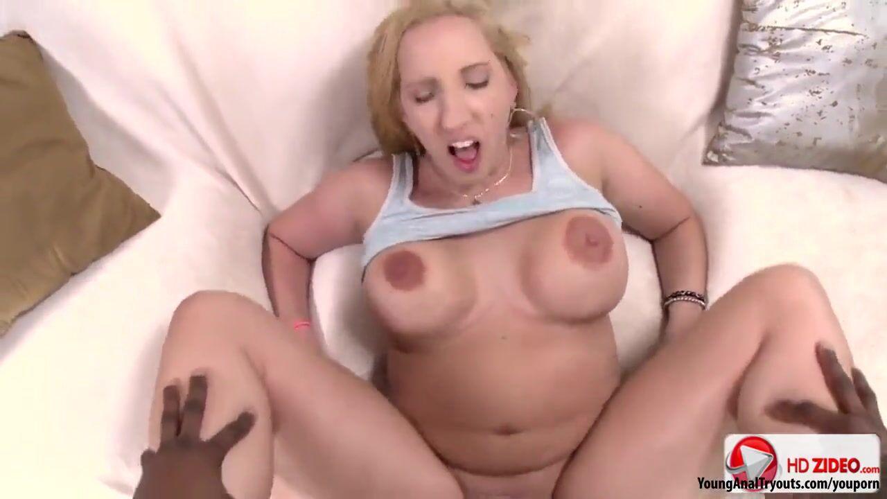 Порно с очень огромным черным членом в жопе блондинки — photo 14