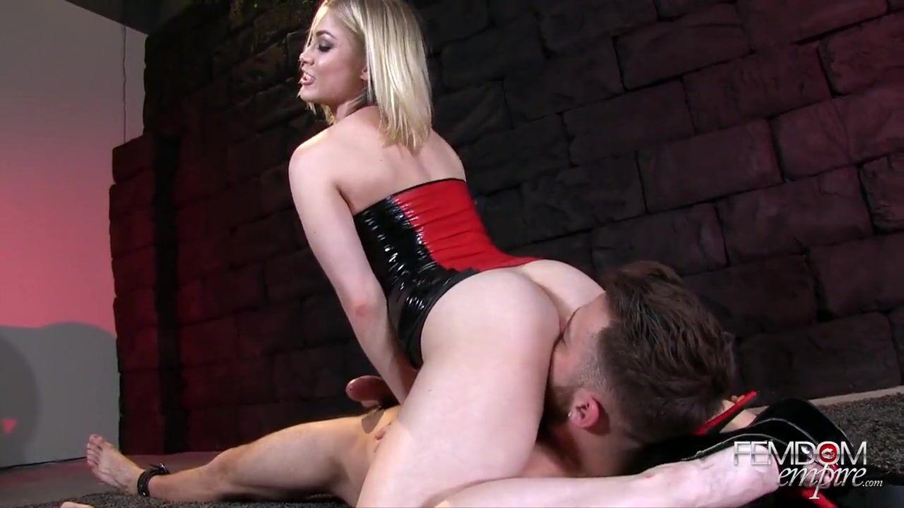 Садятся на лицо и кончают секс смотреть онлайн