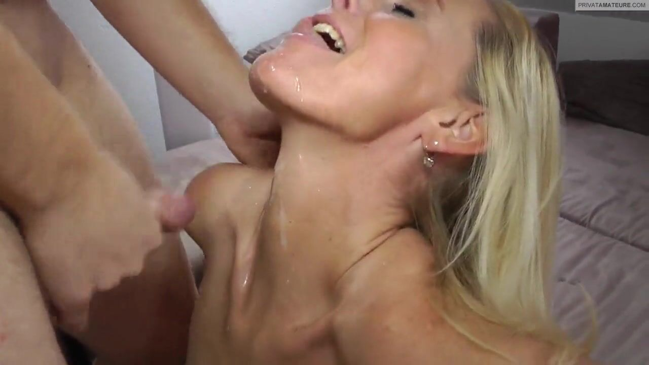 Порно тетка в чулках
