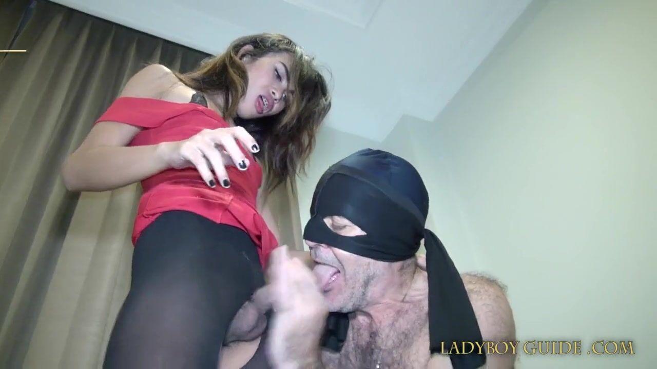 транс с волосатым хуем порно видео